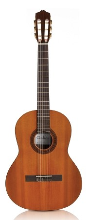 CORDOBA C5 Classical guitar- Dolce (Front view)