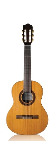 CORDOBA C5 Classical guitar- Requinto 580 (Front view)