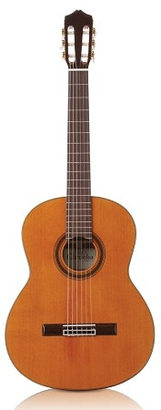 CORDOBA C7 Classical guitar with solid top